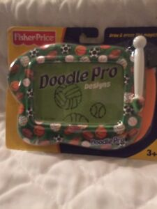 FISHER PRICE DOODLE PRO DESIGN MAGNETIC DRAWING SCREEN PORTABLE - Sports