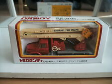 Tomica Dandy Mitsubishi Fuso Snorkel Fire Engine in Red on 1:70 in Box