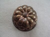 VINTAGE COPPER JELLO MOLD WALL HANGING