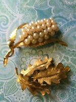 Vintage Retro Faux Pearl Brooch Pin Lot of 2 1930's - 1980's Era Jewelry