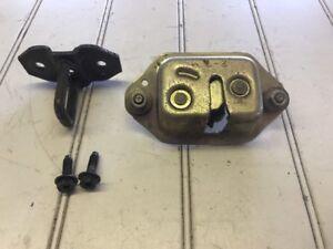 Nissan NX2000 NX 91 92 93 5 Trunk / Hatch Latch Assembly With Striker