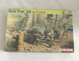 Dragon Model Kit #6444 1/35 Scale WWII 5cm Pak 38 Turret missing crew