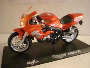 Triumph Sprint Rs 1:18 Super Bikes