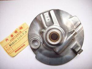 NEU Bremsankerplatte, Bremse vorne / brake panel front Honda CY 50, CY50