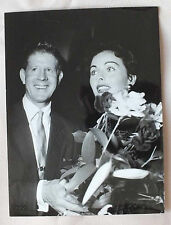 ANCIENNE PHOTOGRAPHIE - JEANNE CRAIN & RUDY VALLEE