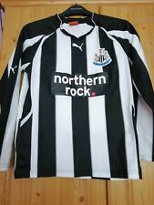 Newcastle united long sleeve Youth Shirt Size 30-32 in VG condition
