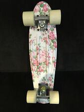 """MoBoard 22"""" Complete Mini Cruiser Skateboard. White Flower Design"""