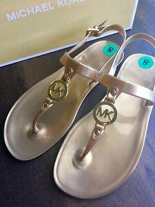 MK Michael Kors Sondra Jelly Thong Buckle Up Flat Sandals Gold Sz 8 New