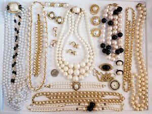 Vintage Mod Jewelry LOT Monet Trifari Richelieu Napier Bluette Haband Avon