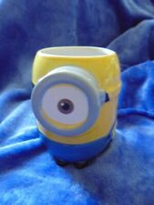 DESPICABLE ME MINIONS MUG OFFICAL UNIVERSAL STUDIOS
