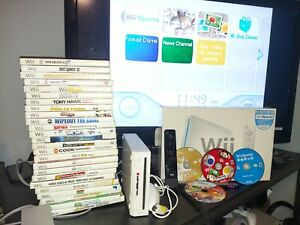 Nintendo Wii Sports White Home Console bundle with games