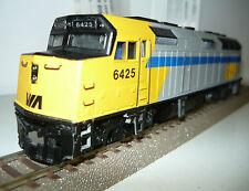 Bachmann Spectrum 87022 Diesellok EMD F40PH Diesel der VIA, Spur H0, NEU&OVP