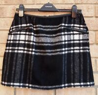 NEW LOOK FAUX WOOL BLACK WHITE CHECK TARTAN ZIP SIDES A LINE MINI WINTER SKIRT S
