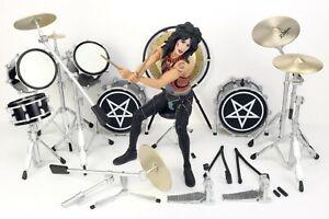Motley Crue Shout at the Devil TOMMY LEE & DRUM SET Action Figure McFarlane 2005