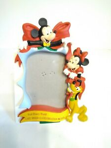 1993 Disney Holiday Celebration Picture Frame with Mickey, Minnie, and Pluto