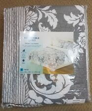 Home Classics Sarah Gray Damask Stripe Reversible Quilt Twin Size NWT