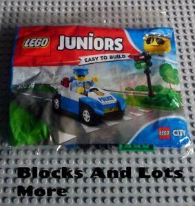 NEW LEGO Town Juniors Police - 30339 - Traffic Light Patrol Polybag Set