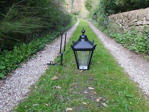 Large cast Victorian style wall lamp/light/lantern house outside garden barn