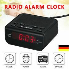 Radiowecker LED USB FM UKW Digital dimmbar Tischuhr Alarm Funkuhr FM radio