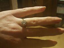 Anello in oro 9 CARATI con Acquamarina e Diamanti Taglia L-M