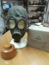 Maschera anti gas italiana Pirelli da rifugio, con buona parte del corredo.