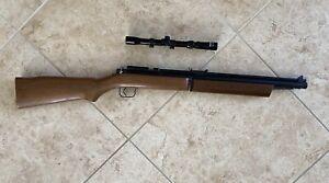 Vintage Benjamin Franklin Model 392p 5.5mm 22cal Pump Pellet Air Rifle W/ Scope