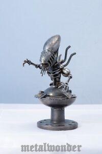 Alien Aschenbecher 30cm Film Figuren aus Metall Alien Ashtray Metall