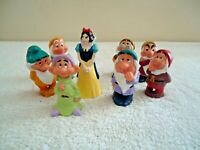 "Vintage Disney Snow White & The Seven Dwarfs Figurines "" BEAUTIFUL SET """