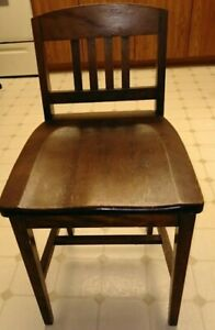 Antique Arts & Crafts Sikes Chairs Company Counter Stool in Excellent Condition.