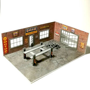 Brick Diorama Garage Kit, with 2 walls and equipment, open doors, Scale 1:43 NEW