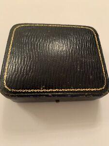 Fine Antique Hinged Rectangular Brooch Box