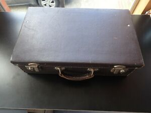 Vintage Leather Suitcase Top Grain Hide Made By W. Pocknall Victoria Australia