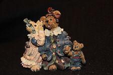 """Boyds Bear figurines """"Louella & Hedda. the Secret"""""""