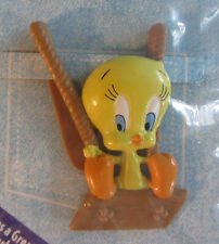 TWEETY BIRD DISCONTINUED  APPLAUSE POCKETABLE, NEW, STILL SEALED IN ORIG. WRAP