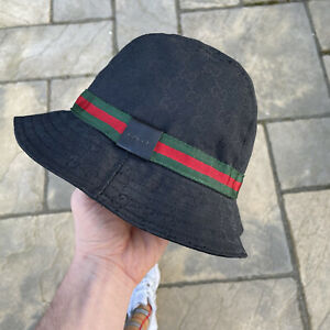 Gucci GG Supreme Bucket Hat In Black Unisex Size M