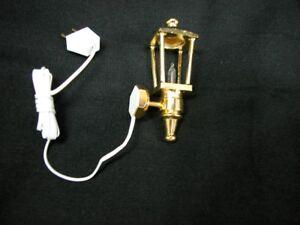 Heidi Ott Dollhouse Miniature Light 1:12 Scale Brass Carriage Lamp #YL2022