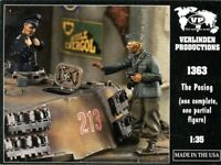 Verlinden Productions 1:35 The Posing 1 Complete 1 Partial Figure - Resin #1363
