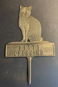 vintage brass kitty crossing Garden Sign Plaque Lawn Stake Ornament Whimsical
