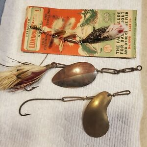 VINTAGE PFLUEGER FISHING LURE LOT MUSKY BUCKTAIL MINNOW KIDNEY SPINNER & CARDED