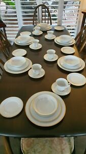 """NORITAKE SIX PERSON DINNER SET """" HERITAGE """" 2982  EXCELLENT CONDITION"""