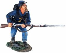 W Britain 23027 British Infantry Coming Over The Top No 1 WWI 1//30 Scale Soldier