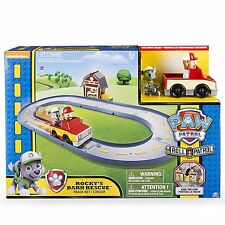 Paw Patrol Rocky's barn Rescue Track Playset Brand New in Box de SPINMASTER