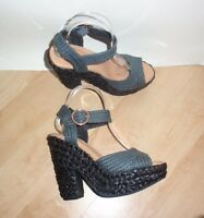 NEW Schuh womens POPSICLE black man made ankle strap heeled shoes size 5