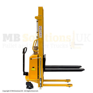 2000kg  Semi Electric Lifter Mover Stacker  2 m llift  height VAT Inc