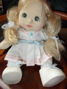 Poupée My Child doll, Mon Enfant, Yeux Verts Mattel 1985 robe marine