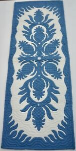Hawaiian quilt hand quilted/appliquéd handmade TABLE BED runner CLEARANCE