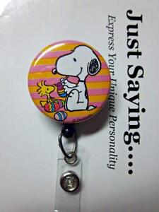 SNOOPY & Woodstock Painting EASTER Egg LIMITED EDITION Retractable Reel ID Badge