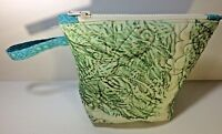 """Quilted Zipper Bag Handmade Painted Fabric Boxed Bottom 8.5""""x7"""" Loop Handle"""