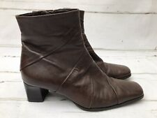 Lotus Women's Brown Square toe Ankle Boots Size 6