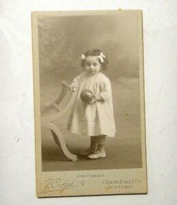 ANTICA FOTO CARTONATA - BAMBINA FOTOGRAFATA IN STUDIO - J.CROZET - S.ETIENNE
